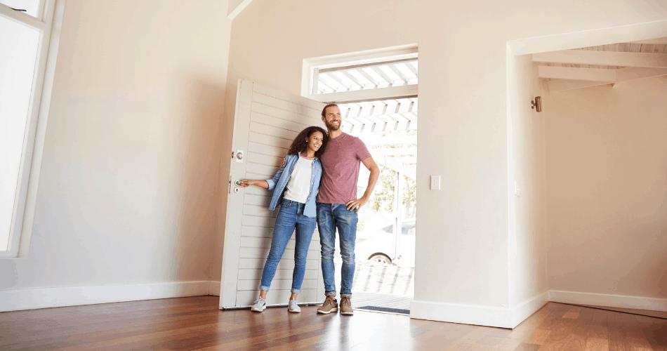 buyers doing a final walkthrough